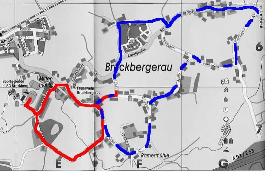 Wege des Umzugs und des Corsos anlässlich der 125-Jahr-Feier der FF Bruckbergerau 2004